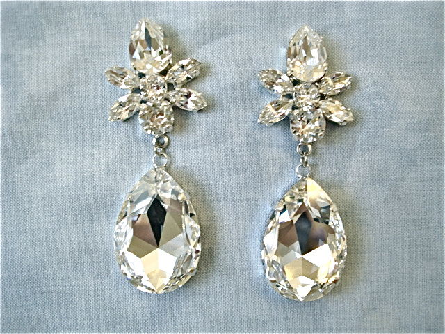dcd6bf8b28b9d5 swarovski crystal earrings